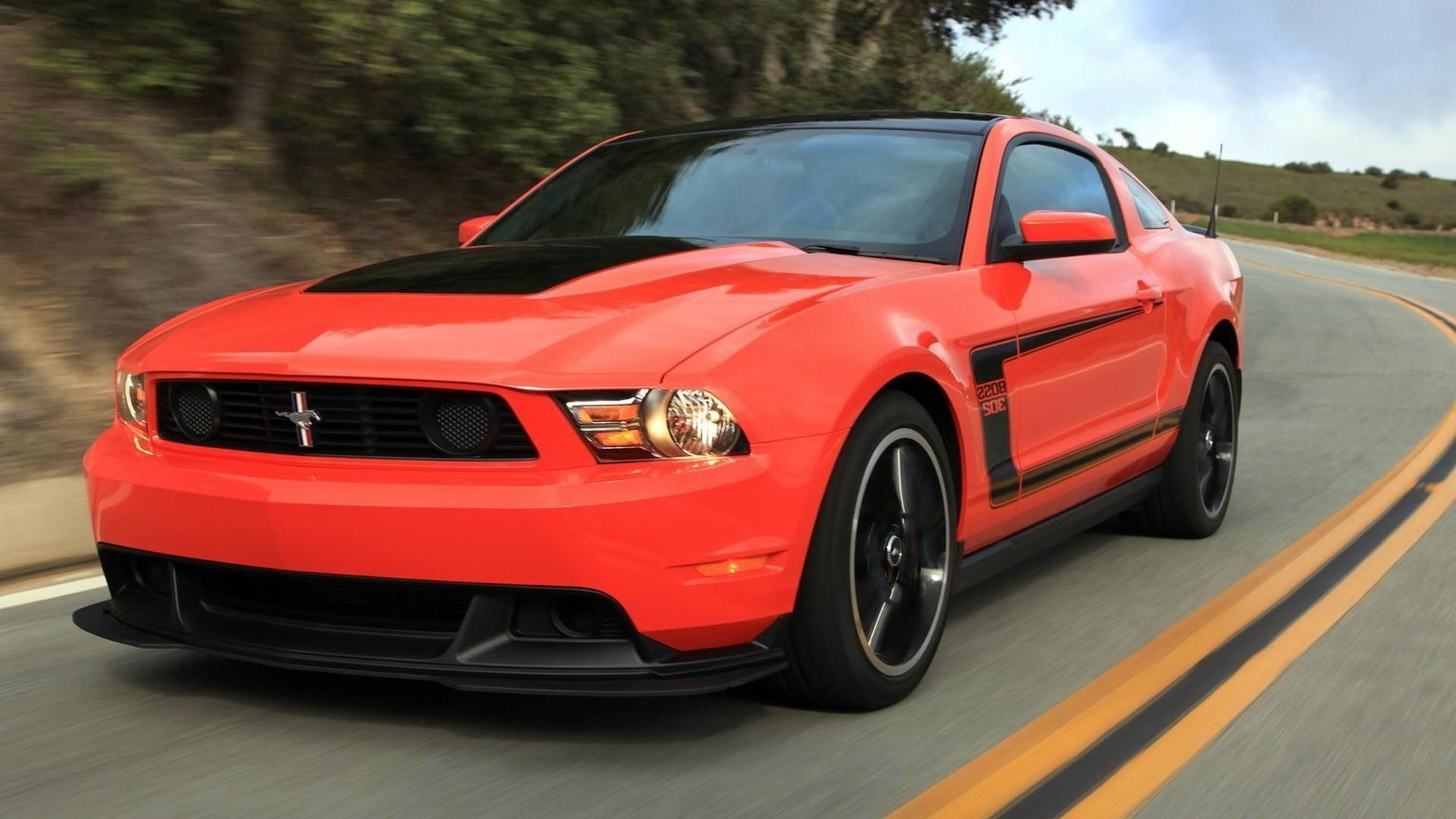Красный Ford Mustang загрузить