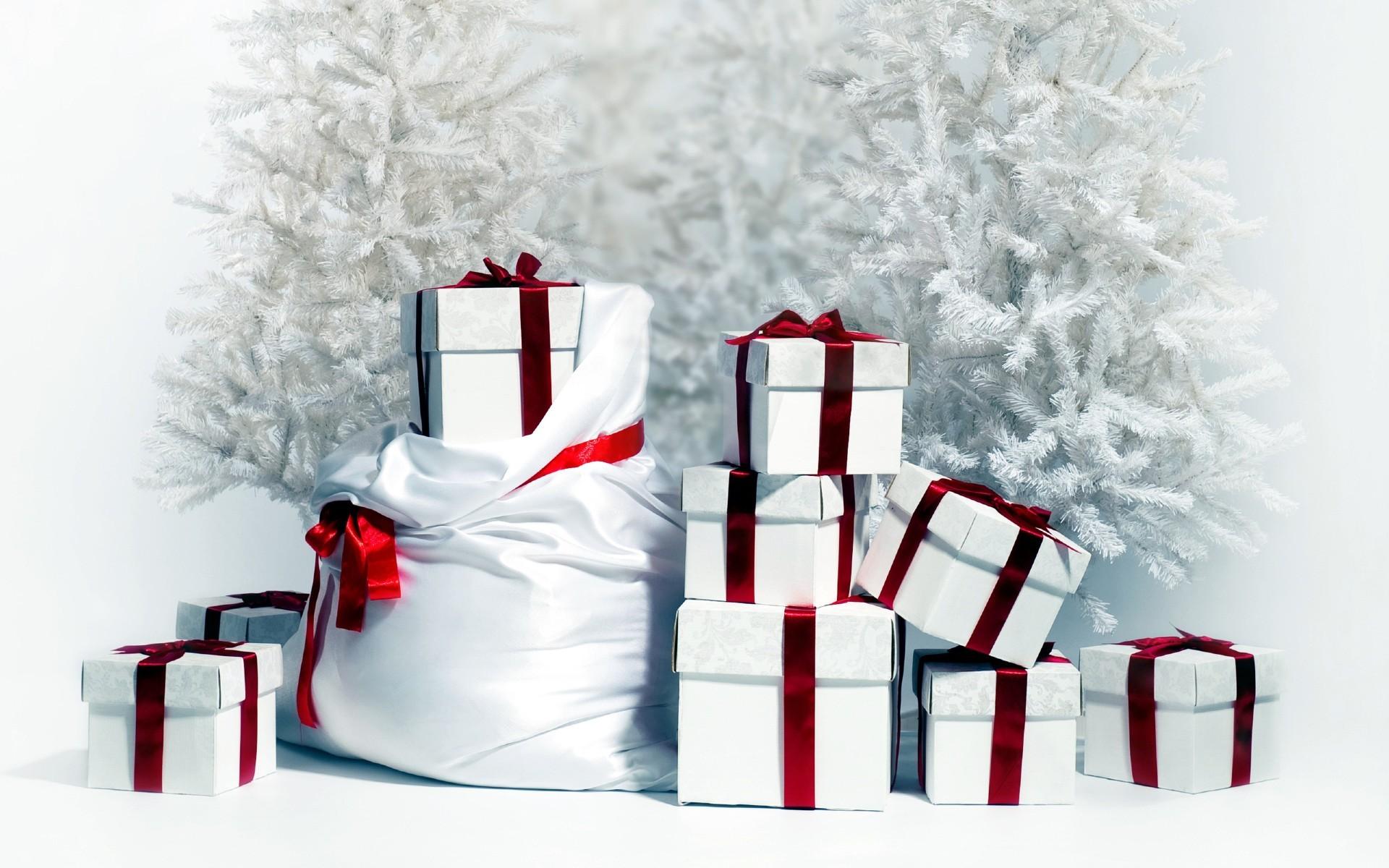 Новогодние подарки обои для рабочего стола