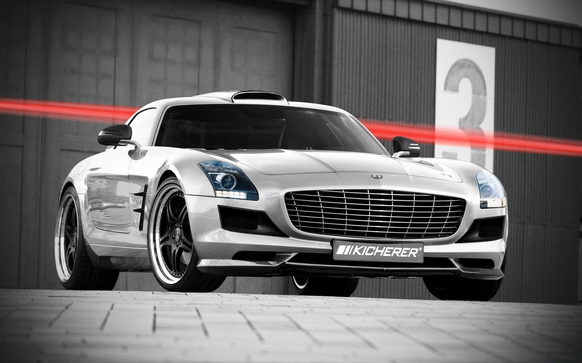 Kicherer Mercedes Benz SLS AMG