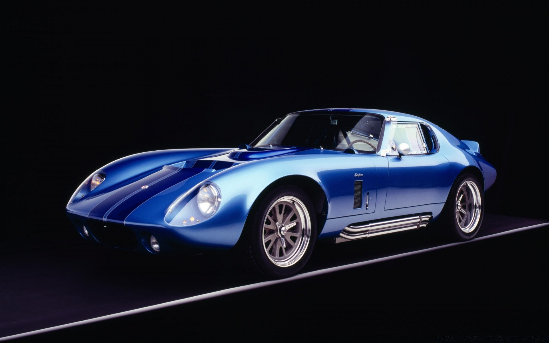 1965 Shelby Cobra Daytona Coupe реплики