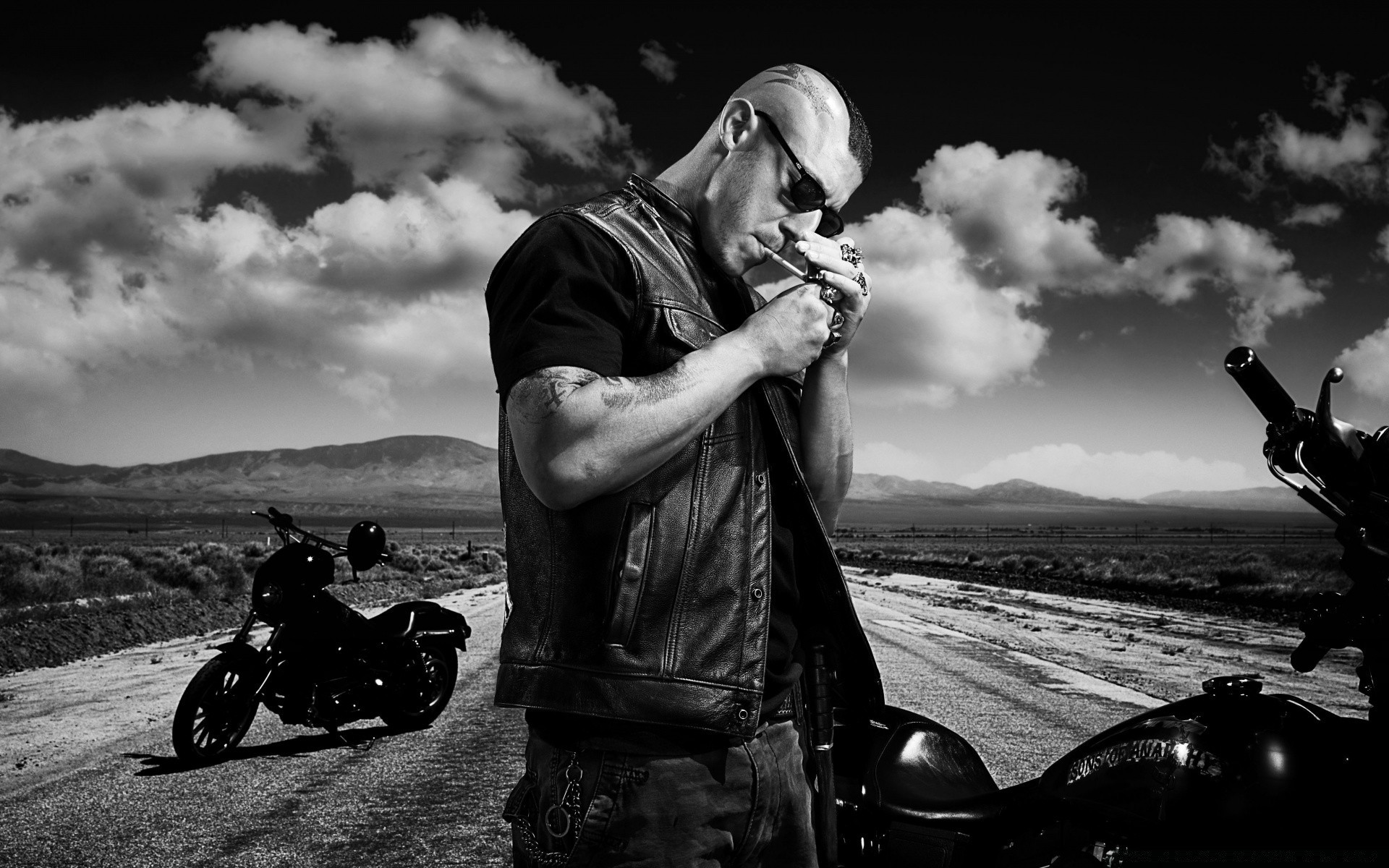 Black biker — img 5