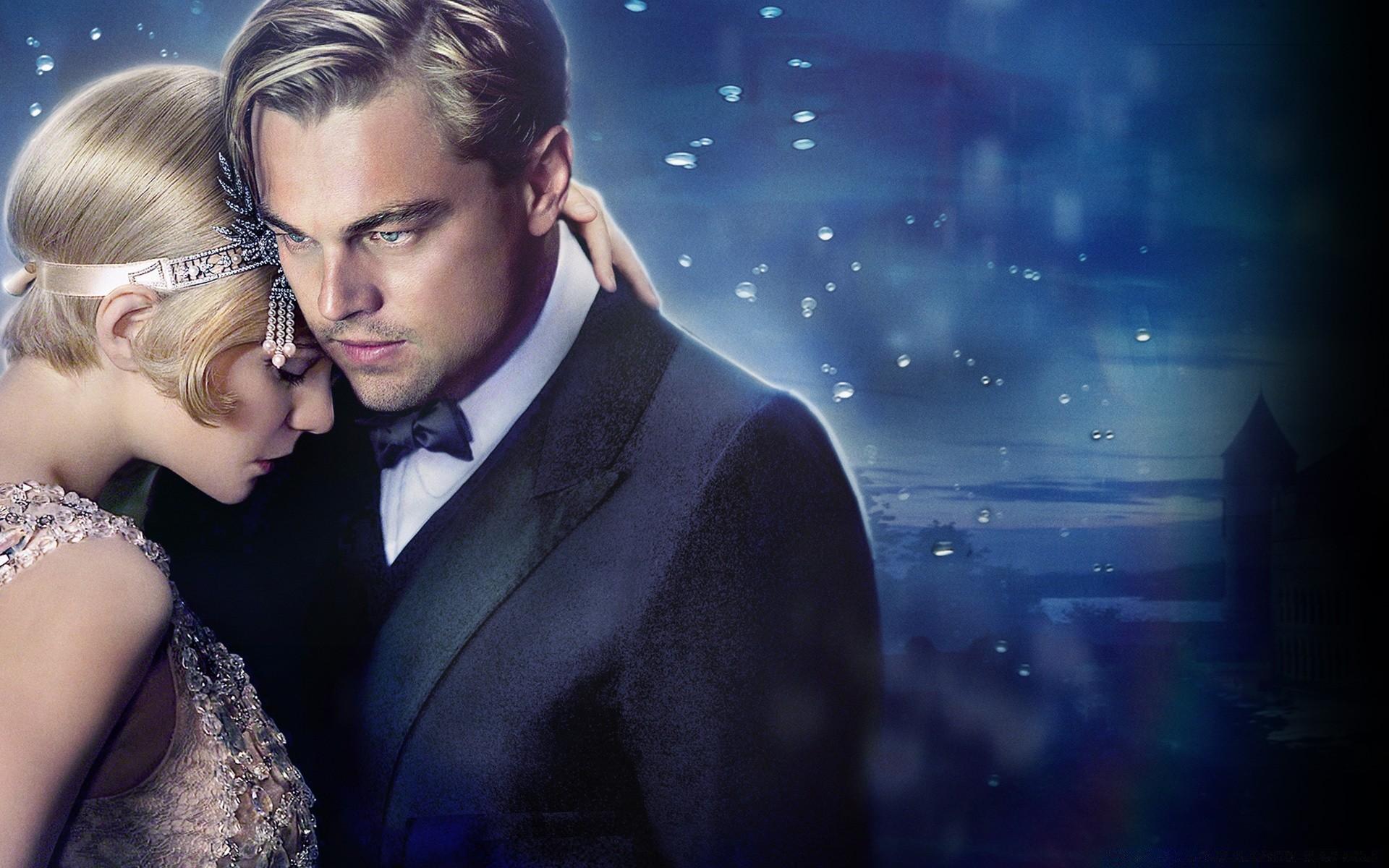 titanic vs the great gatsby Er zijn enkele verschillen tussen het boek en de film the great gatsby de tijd waarin het verhaal zich afspeelt zijn de jaren '20 en '30, een tijd waarin de.