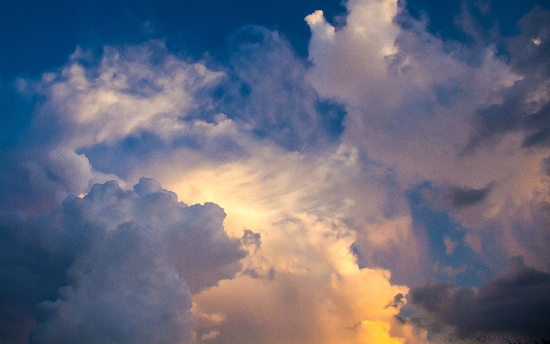 Лошадьми поздравления, красивые картинки небо с облаками