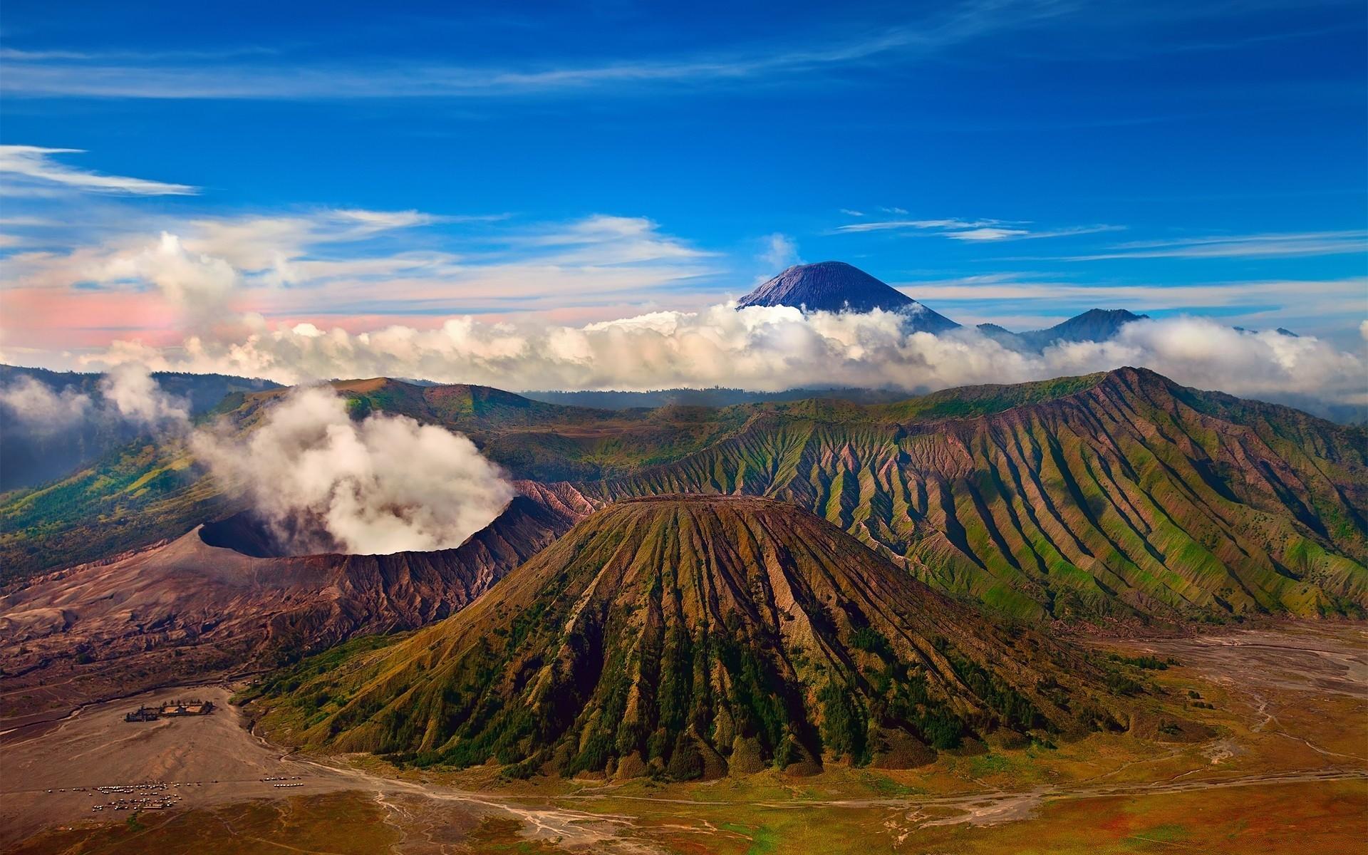 фото горы вулканы дата нам