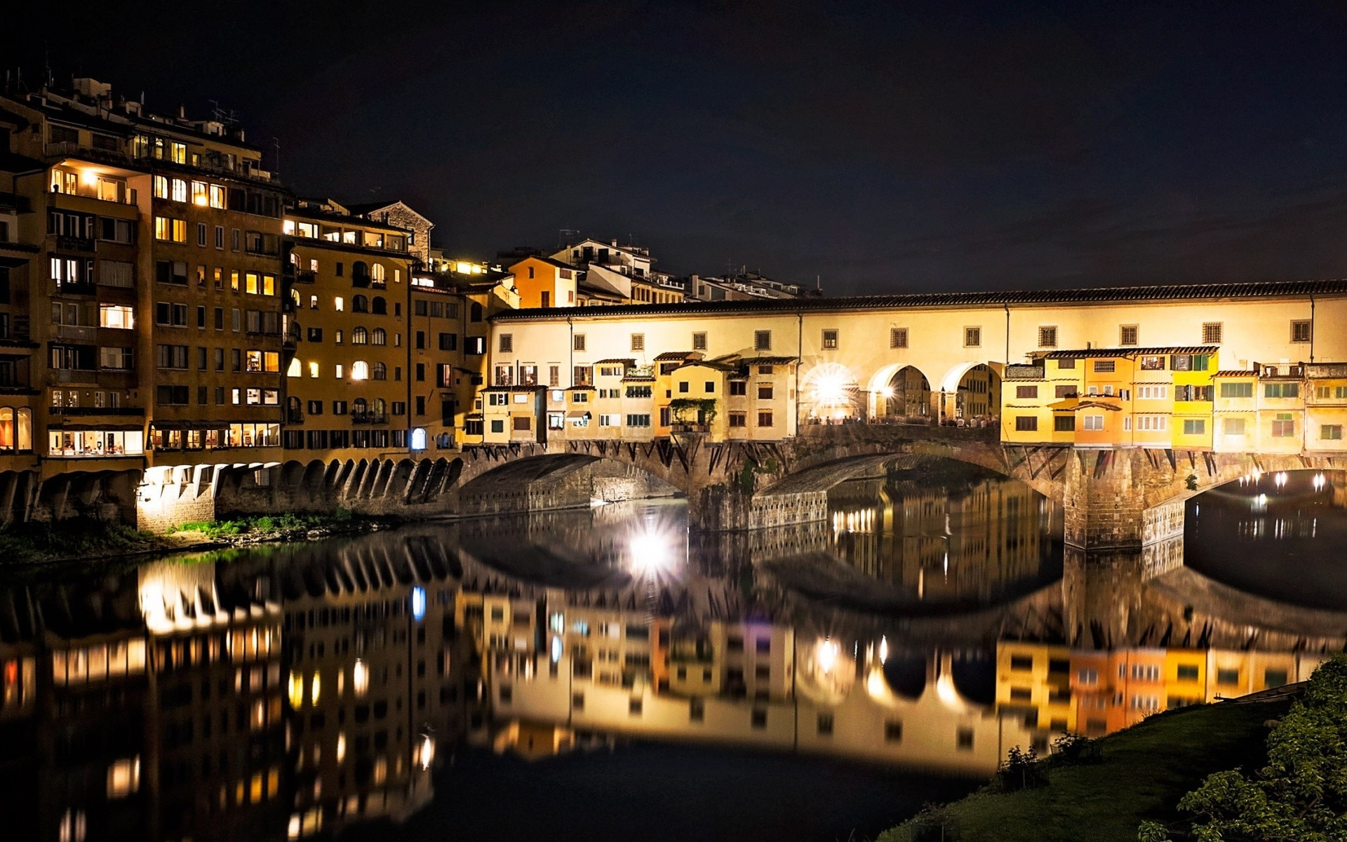 Ponte Vecchio, Florence, Italy скачать