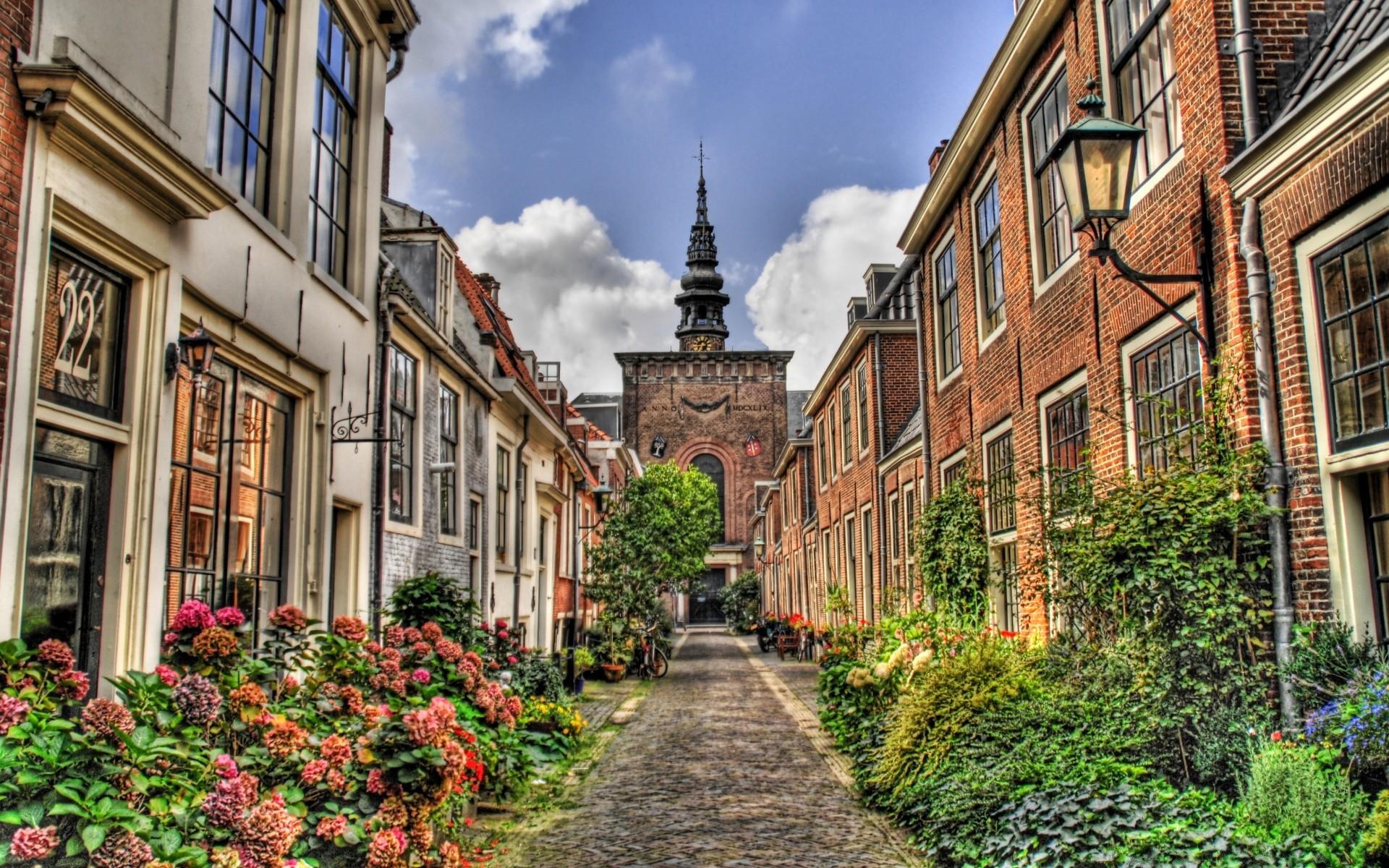 самом фото красивых улиц городах европы ноги ведут там